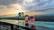 Sensasi Dinner di Lantai Tertinggi Ikonik Kota Bandung