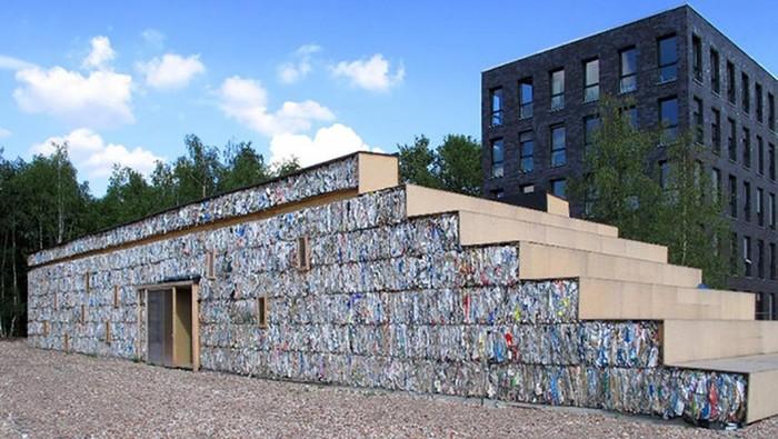 Siapa sangka bangunan ini dibuat menggunakan sampah kertas dan limbah-limbah sejenis lainnya. Seperti apa jadinya?