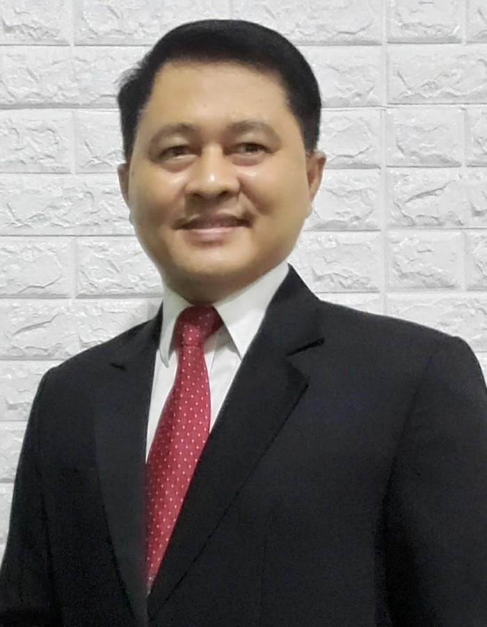 Abdurachman, guru besar UNair