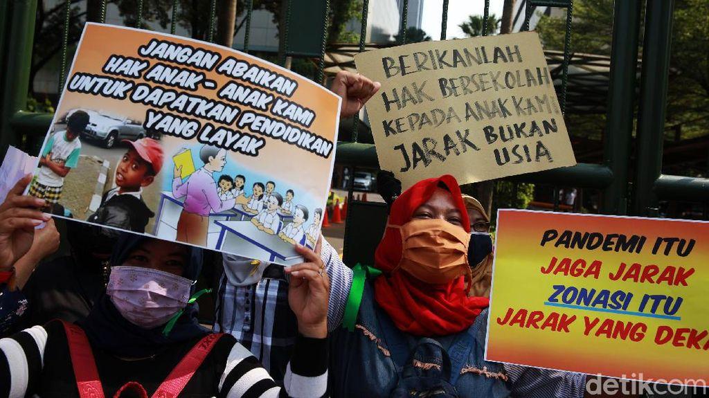 Setujukah Anda Bila Jalur Zonasi PPDB Jakarta Diulang?