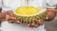 Hati-hati! Penjual Durian Ini Patok Harga Sesuai Mobil Pelanggan