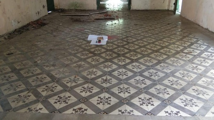 gedung Controller situs cagar budaya peninggalan zaman Belanda di Kabupaten Siak, Riau.