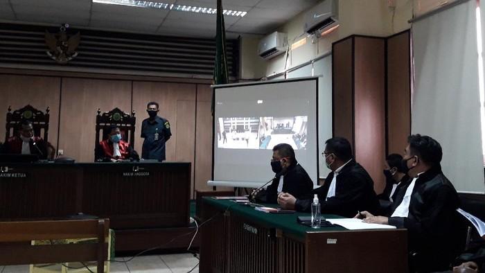 Kuasa hukum terdakwa penyerang Novel Baswedan, pengacara terdakwa penyerang Novel Baswedan