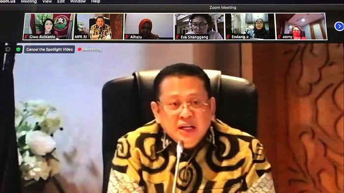 MPR dan Kongres Wanita Indonesia (Kowani) mengadakan diskusi virtual. Diskusi itu digelar dalam rangka peringati Hari Keluarga Nasional.