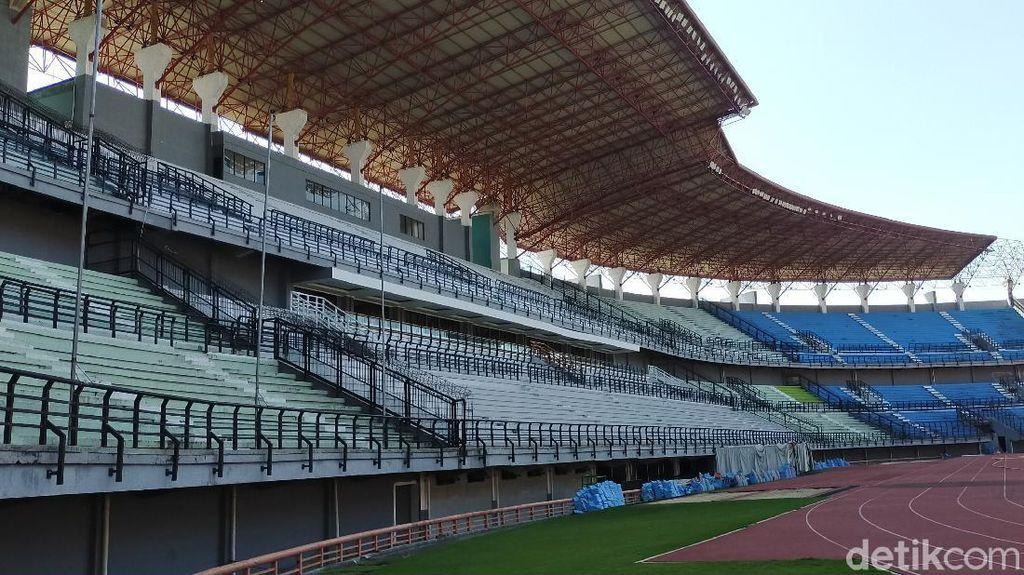 Sempat Terhenti Karena COVID-19, Renovasi Stadion GBT Dilanjutkan