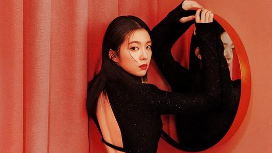 Irene Red Velvet Tampil Berani di Teaser Foto Terbaru, Nggak Nyangka!
