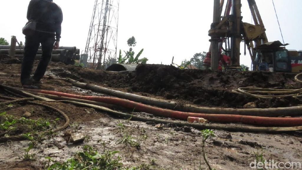 Terdampak Proyek Kereta Cepat, Warga Bandung Barat Terpaksa Mengungsi