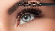10 Tips Memiliki Bulu Mata Panjang dan Tebal