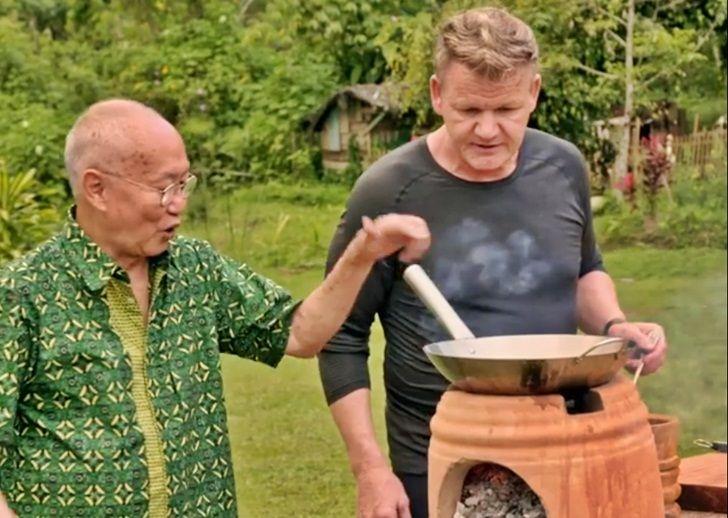 Gordon Ramsay dan William Wongso masak rendang