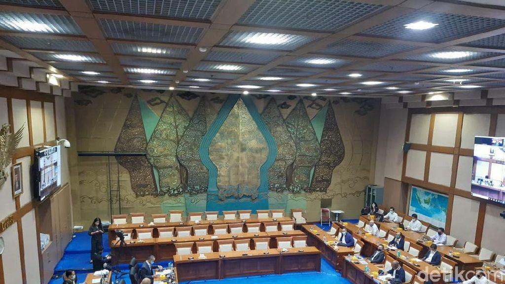 Dirut Holding Tambang dan DPR Debat Panas, Ujung-ujungnya Urusan CSR