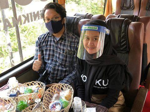 Kreatif! Bus Pariwisata Disulap Jadi 'Kafe Keliling'
