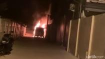 Video Mobil Pedangdut Via Vallen Terbakar