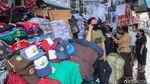 Omzet Pedagang Seragam Sekolah Ambyar 70 Persen