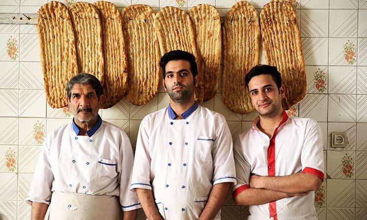 Pembuat Roti Berkah di Iran