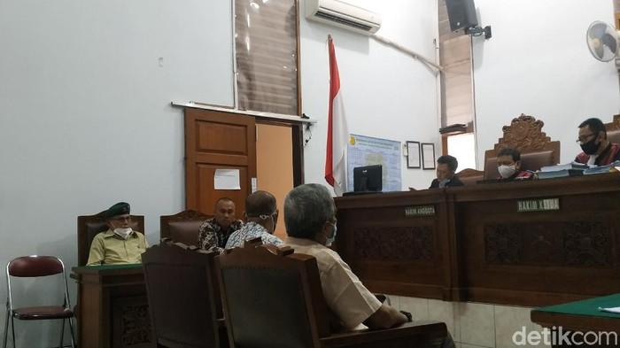 Sidang gugatan perdata Kivlan Zen terhadap Jaksa Agung dan turut tergugat Wiranto (Ahmad Bil Wahid/detikcom)