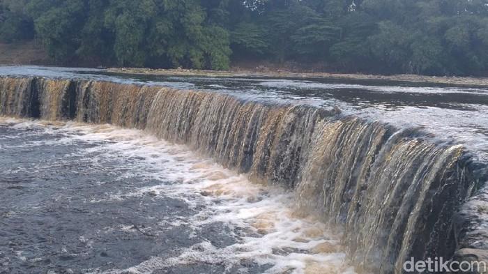 Sungai Bengawan Solo di Blora diduga tercemar