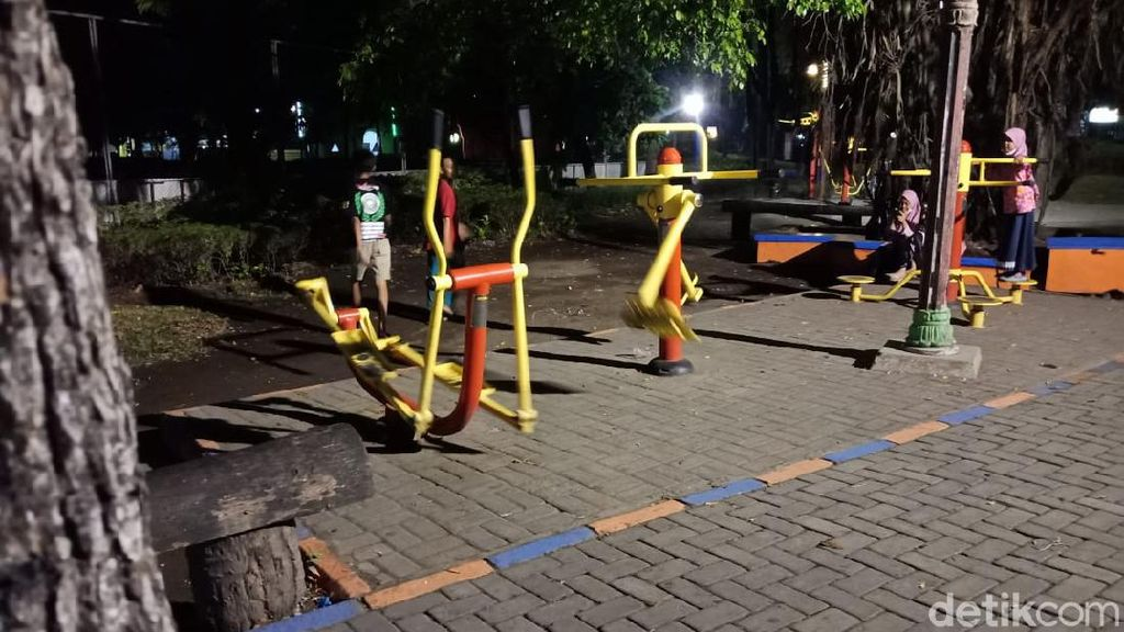 Viral Alat Olahraga di Jombang Bergerak Sendiri, Ini Faktanya