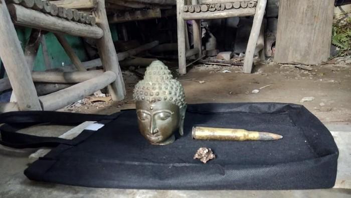 Benda-benda yang ditemukan pria di Imogiri Bantul saat menambang pasir di Sungai Opak