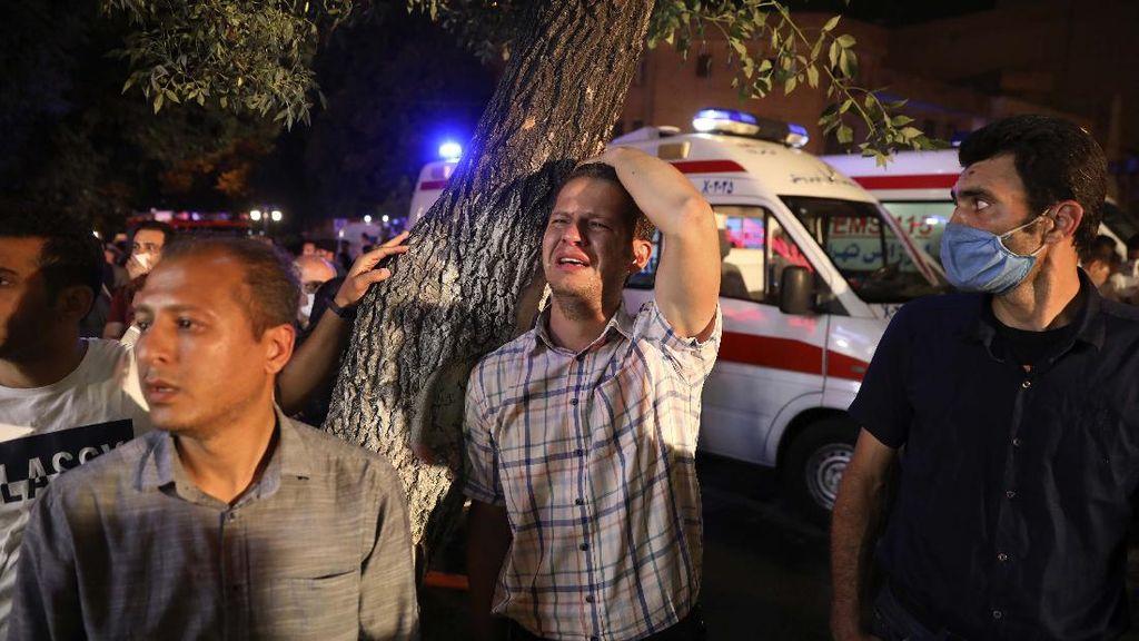 19 Orang Tewas dalam Ledakan di Klinik Iran