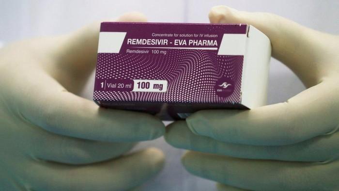 Obat virus corona: AS borong pasokan obat remdesivir, anggota DPR sebut harganya keterlaluan