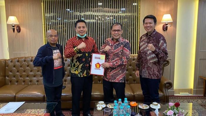 Partai Gerindra sepakat berkoalisi dengan Partai NasDem untuk mengusung pasangan Ramdhan Pomanto-Fatmawati Rusdi dalam Pemilihan Wali Kota Makassar