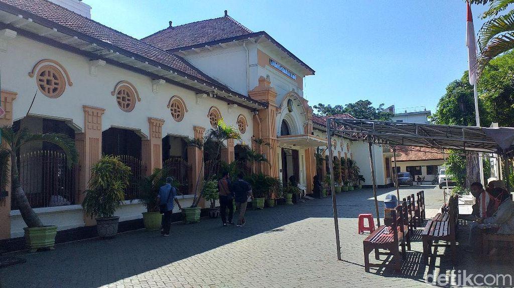 11 Pegawai Positif COVID-19, PN Surabaya Lockdown 5 Hari