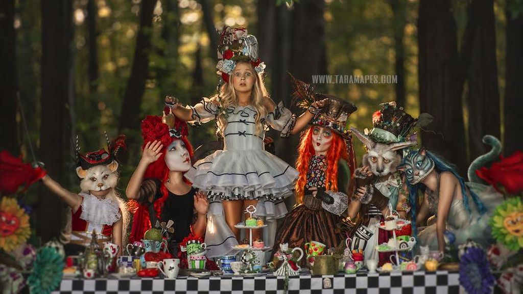 Keren! Begini Hasil Photoshoot Tema Alice In Wonderland