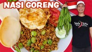 Resep Nasi Goreng Petai ala Food Vlogger Amerika yang Masak di Gerobak