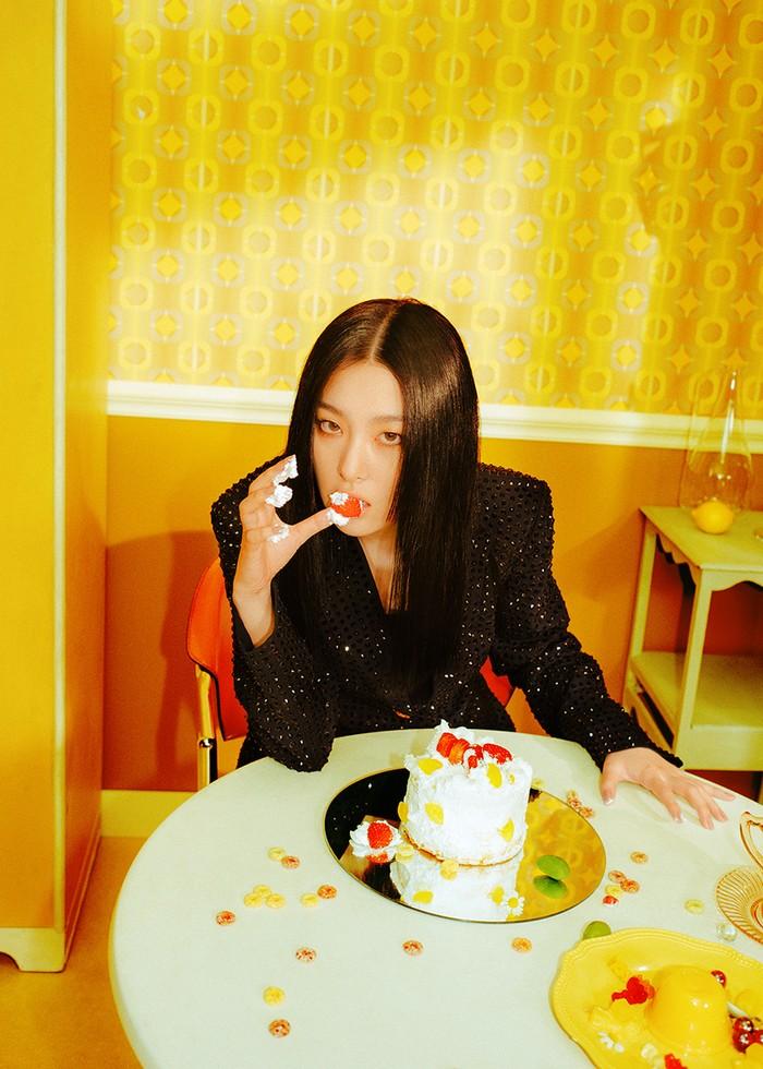 Teaser Foto Seulgi Red Velvet untuk debut sub-unit Irene & Seulgi