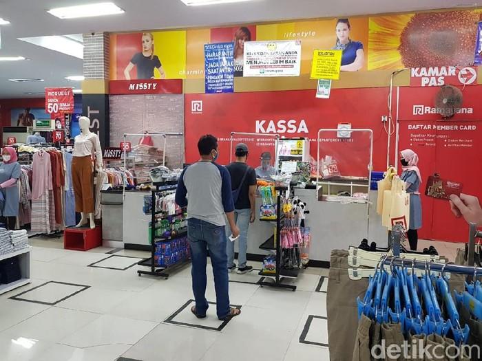 Banyuwangi Tetap Atur Ketat Operasional Pasar Moderen dan Usaha Hiburan