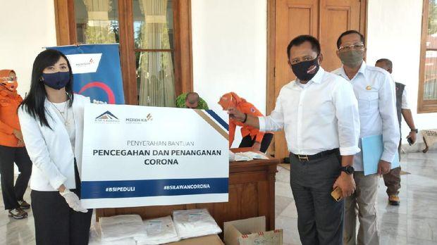 Kasus positif COVID-19 di Jawa Timur bertambah 316 sehingga totalnya menjadi 12.245 kasus. Sebanyak 4.391 pasien di antaranya sudah sembuh.