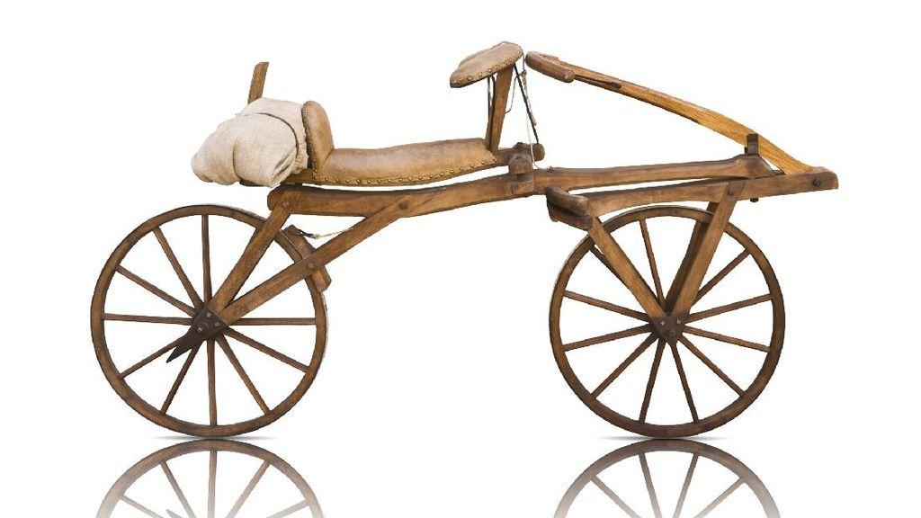 Sejarah Sepeda dan Asal Muasal Namanya