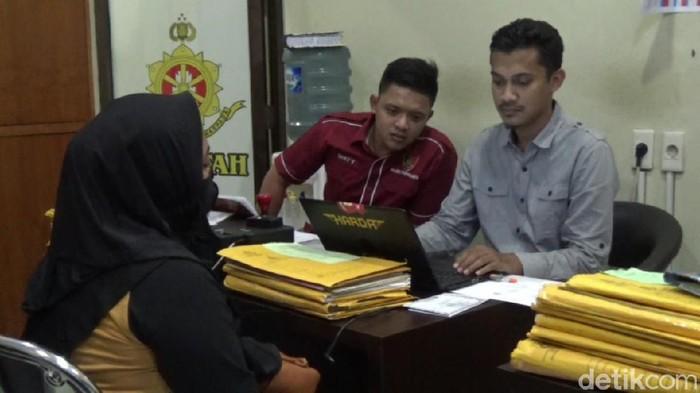 Ibu muda di Purwakarta menjadi korban hipnotis usai tangannya ditepuk dua kali