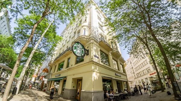 Bernuansa klasik dan elegan khas Eropa, ini kedai Starbucks di Wina, Austria (Getty Images/MysteryShot)
