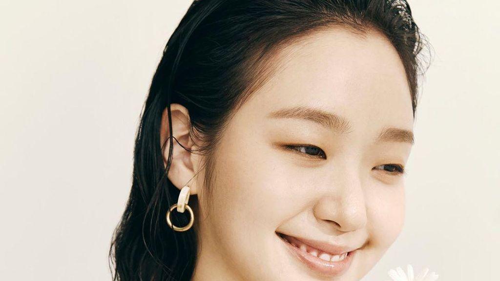 Kim Go Eun Awet Muda di Usia 30 Tahun, Intip Perawatan Kulit Mulusnya