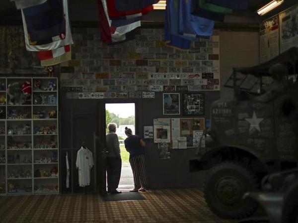 Kondisi tersebut membuat sejumlah pengunjung harus mengurungkan niatnya untuk berwisata ke museum tersebut di masa pandemi COVID-19. AP Photo/Francisco Seco.