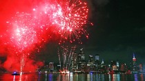 Pesta Kembang Api Awali Meriahnya Kemerdekaan AS
