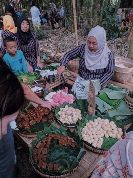 Pasar Papringan Temanggung