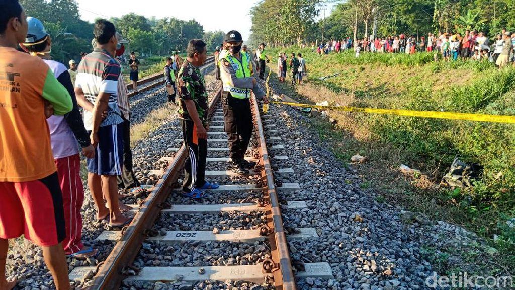 Kasihan, Pasutri Ini Tewas Tertabrak Kereta Api Saat Hendak ke Pasar