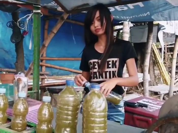 penjual es tebu cantik