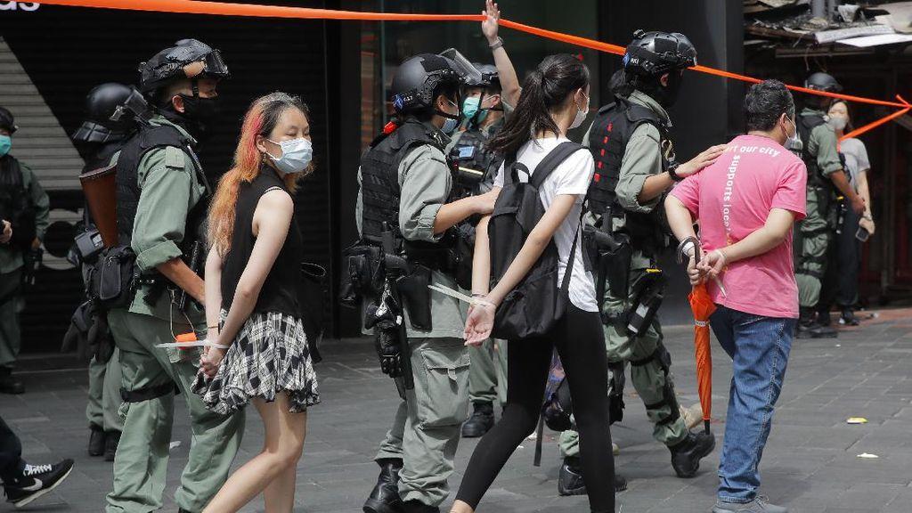 Polisi Hong Kong Tangkap 300 Demonstran UU Keamanan Nasional