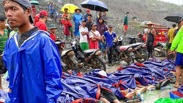 Longsor terjadi di tambang batu giok yang berada di kawasan Kachin, Myanmar. Ratusan orang dilaporkan tewas akibat peristiwa tersebut.