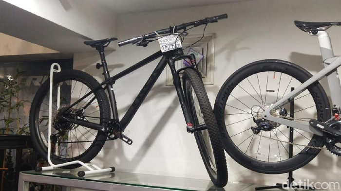 Sepeda Seharga LCGC