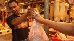Banyak Pembeli-Pedagang Tak Tahu Larangan Plastik, PDIP: Kurang Sosialisasi