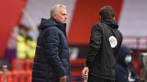 Mourinho: Wasit yang Sesungguhnya Tak Ada di Lapangan