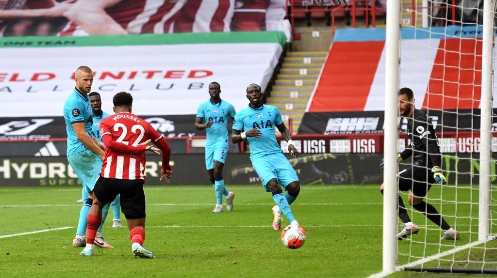 Sheffield Vs Tottenham: The Lillywhites Tumbang 1-3