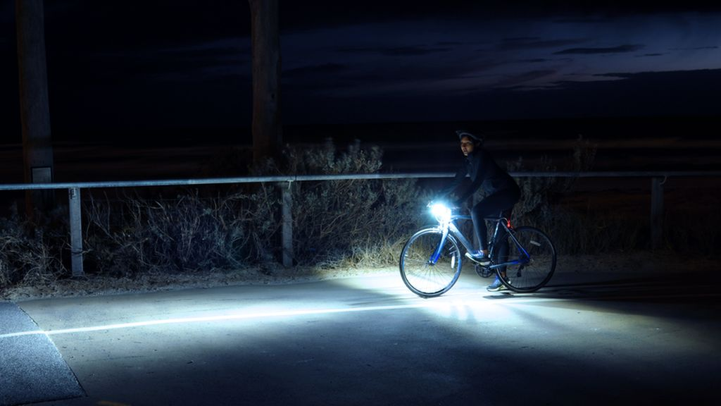 Kemenhub: Pesepeda Wajib Pakai Baju Reflektor-Lampu Saat Malam Hari