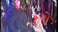 Rekaman CCTV Jambret Santuy Beraksi Pagi Hari di Keramaian