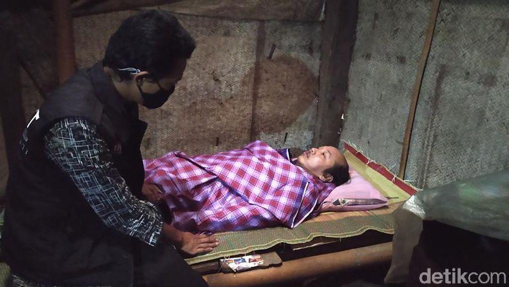 Pria Magelang Ini Mengurung Diri di Kamar Sejak Erupsi Merapi 10 Tahun Lalu