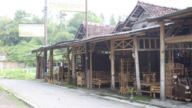Industri bambu di Yogyakarta.